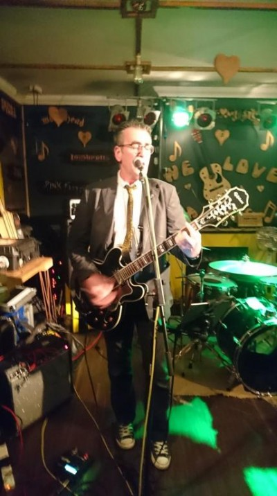 Support act, Joe Butt. Legendary punk band, The Vibrators, played at a Blakefest fundraiser in November 2017, with two acoustic support acts, at the Pier Bar in Bognor.